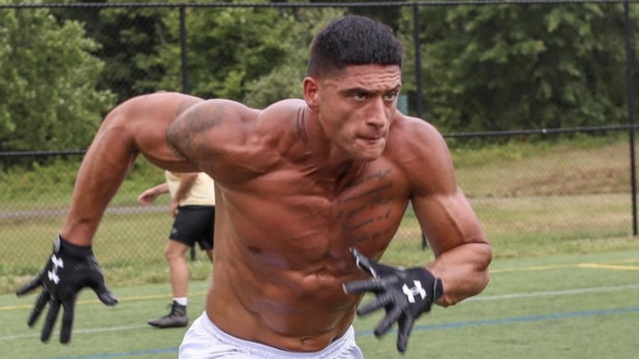 Sammis Reyes has signed with the Washington Football Team.