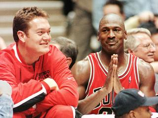 Apr 29 1998 : Chicago Bulls' Luc Longley (L) & Michael Jordan celebrate in East Rutherford  following victory over New Jersey Nets in first round of NBL playoffs. Basketball sport o/seas headshot