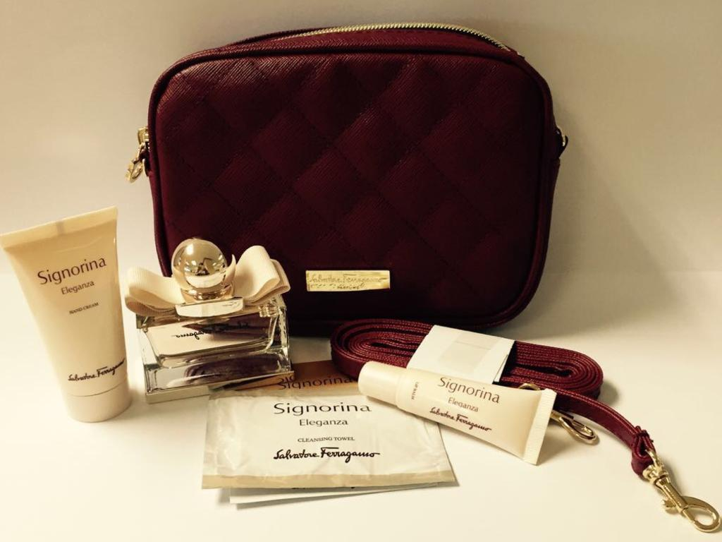 Supplied Travel Escape Amenities kits story image - Singapore Airlines first class  female kit, image from Singapo