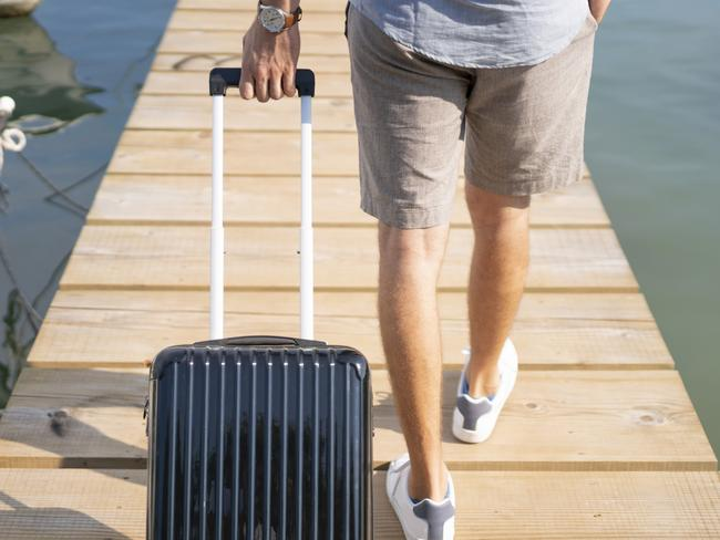 8. Take advantage of the January sales and make 2020 the year you finally buy an expandable, lightweight suitcase and packing compartments. Your back, and your belongings, will thank you.   BEST CHEAP SUITCASES UNDER $200