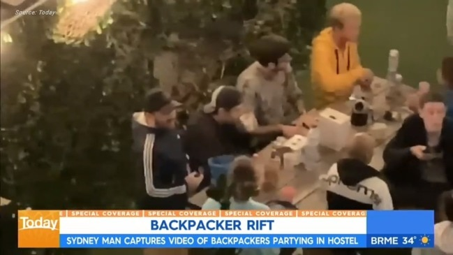 Backpackers filmed flouting social distancing measures (Today Show)