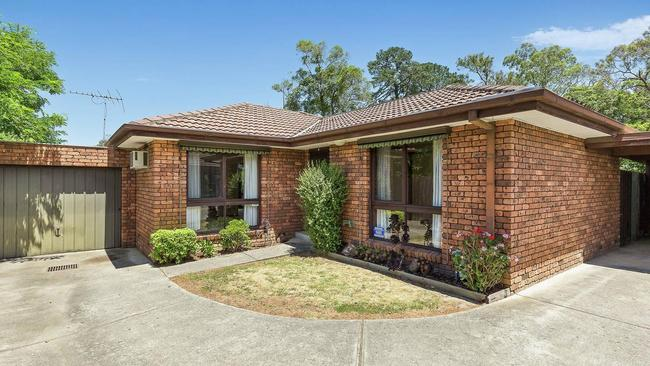 2/760 Whitehorse Rd, Mitcham, sold for $602,000 to a first-home buyer on Saturday.