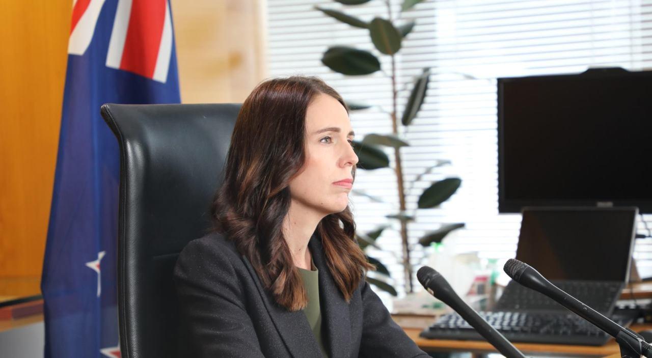 Jacinda Ardern announces COVID-19 alert system