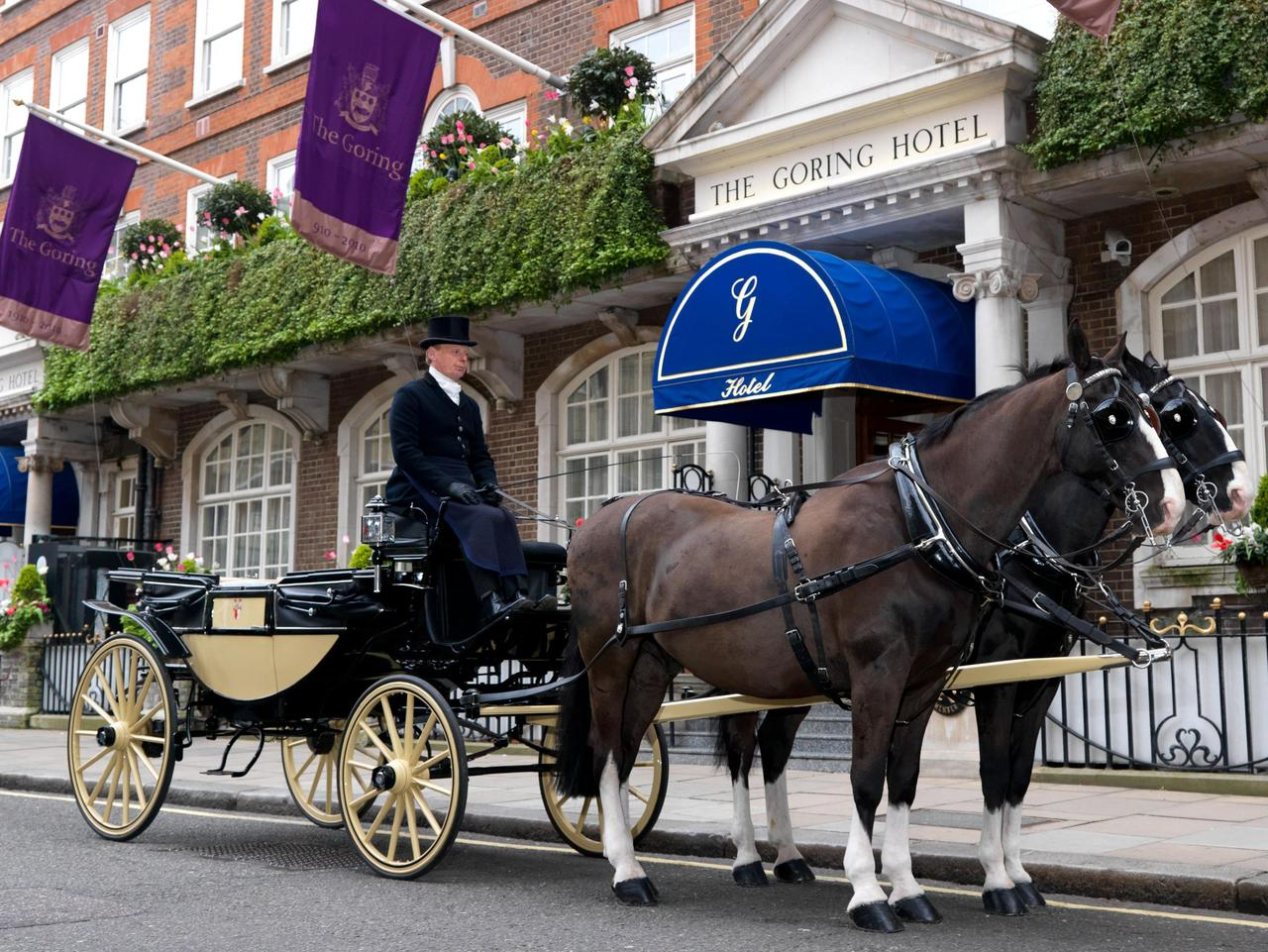Horse-drawn carriage outside The Goring Hotel in London, where the Duchess of Cambridge spent her last night as single woman Kate Middleton.