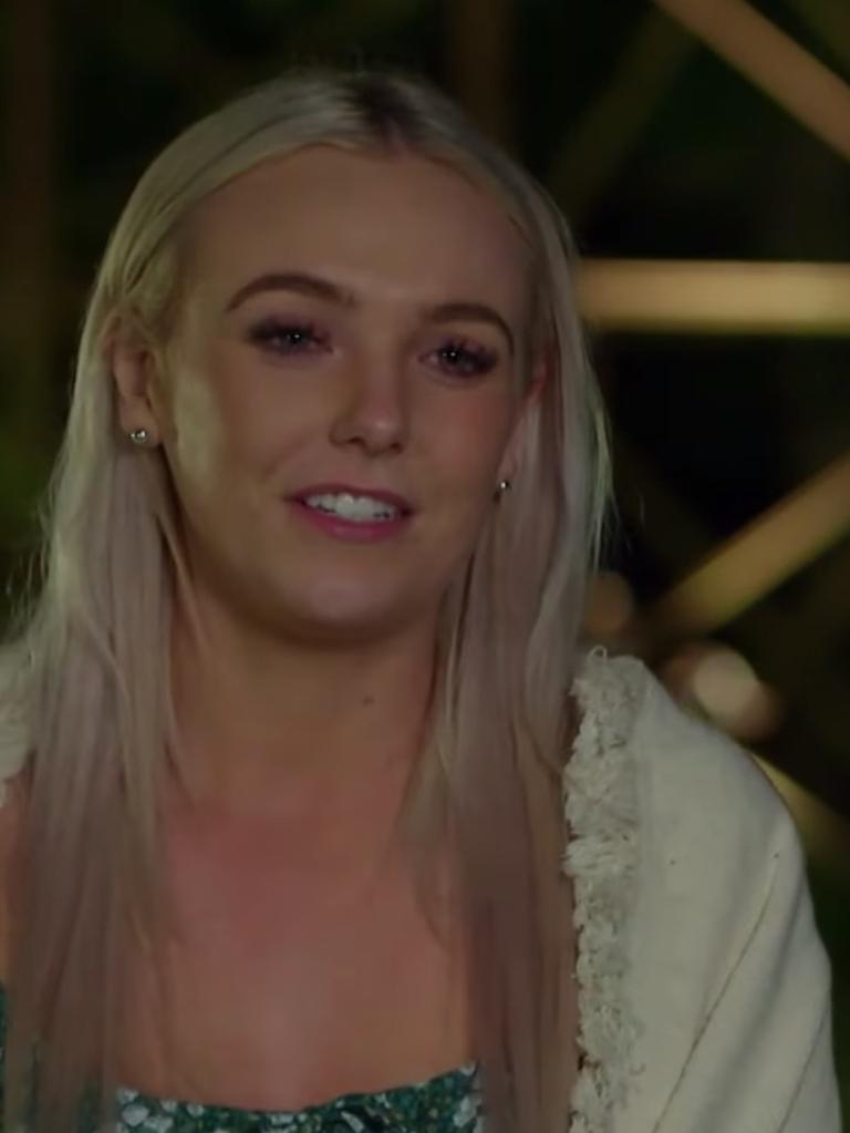 Hayley on Farmer Wants A Wife