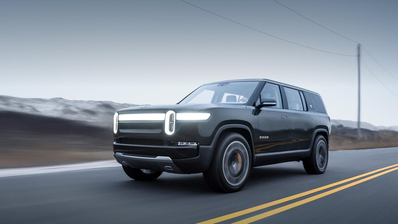 Rivian is also planning on building the R1S SUV.