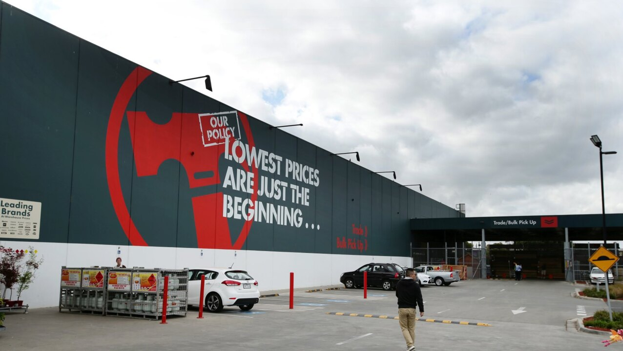 Sydney Bunnings worker tests positive
