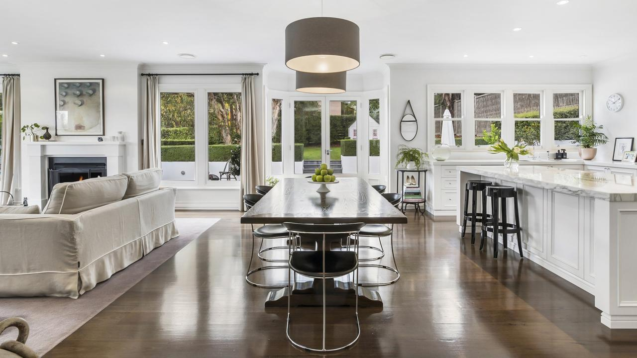 The kitchen and dining area are perfect for entertaining guests.