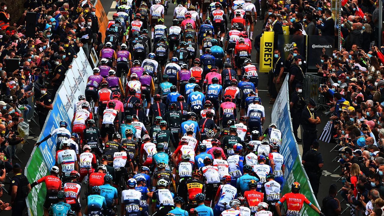 The peloton at start in Brest City. (Photo by Michael Steele/Getty Images)