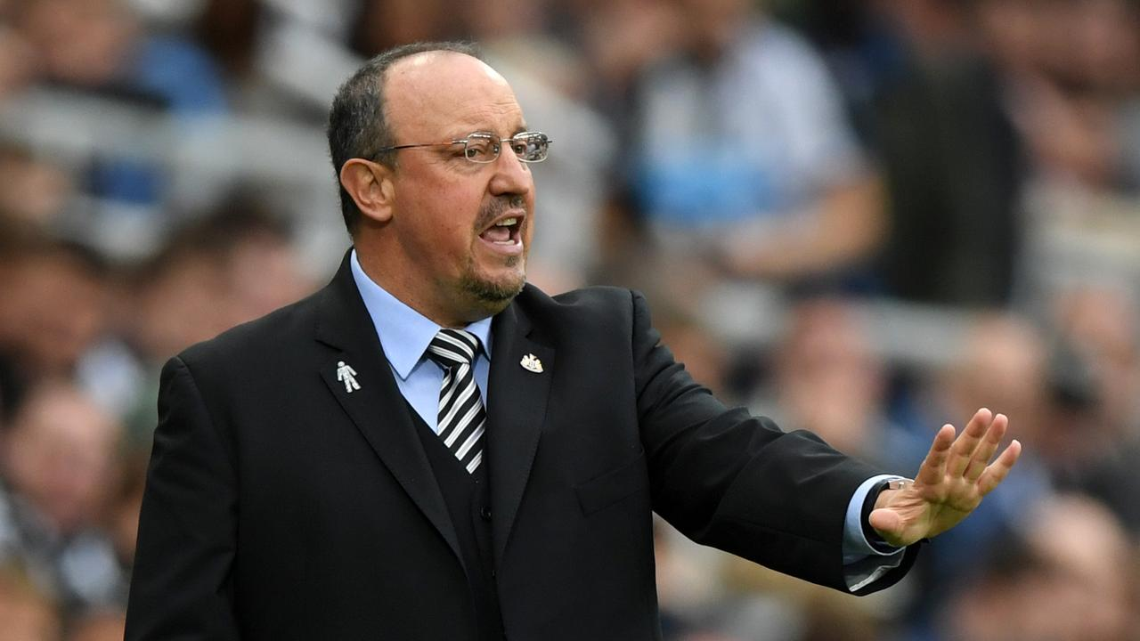 Two London giants are in need of a leader. Champions League winner Rafael Benitez has his eye on a return