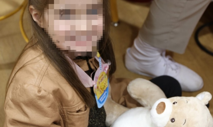 Girl's face shared by school without parents' permission