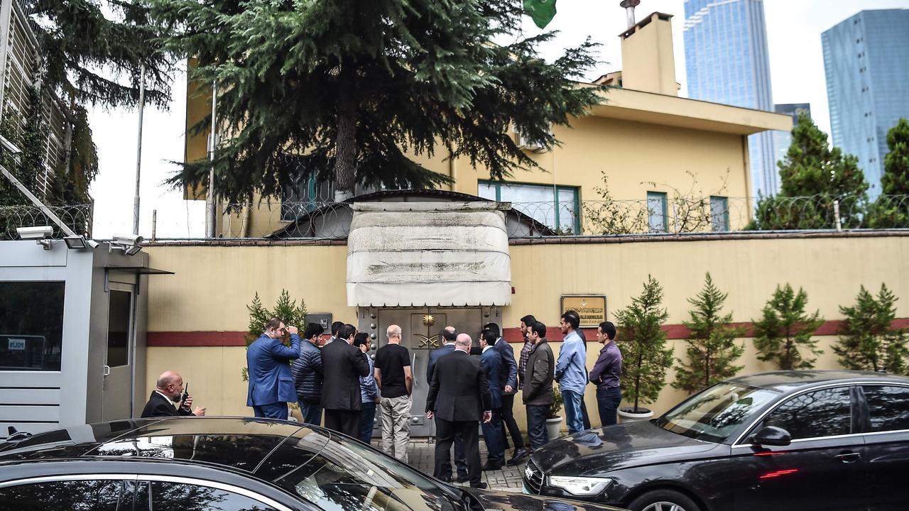 Saudi investigation delegation enter the consulate. Picture: Ozan Kose/AFP