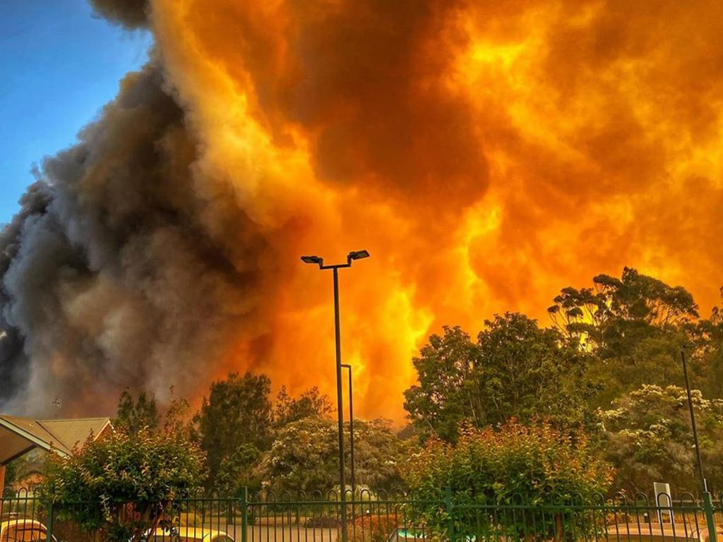 The bushfire seen from an aged care centre in Forster. Picture: Jacki Pocock/Facebook
