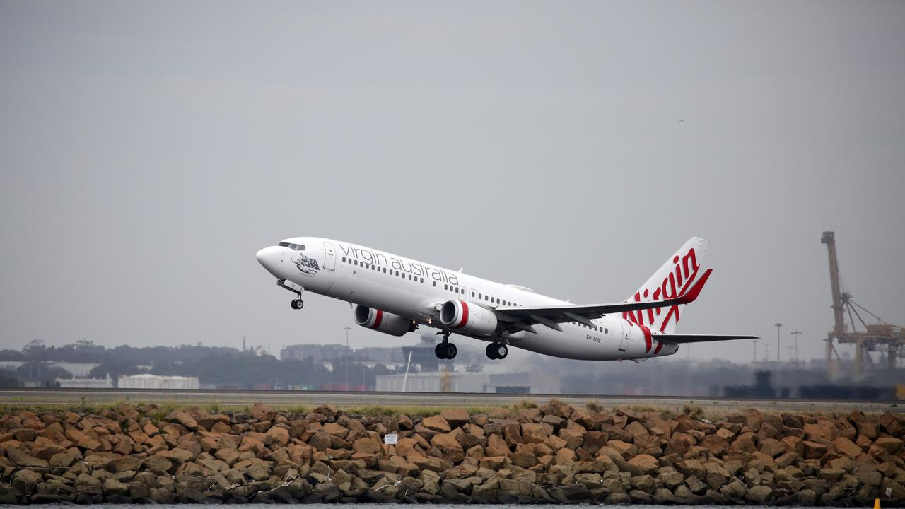 The union Civil Air says a plan to move air traffic controllers from Sydney to Melbourne could increase aircraft noise. Picture: NCA NewsWire / Christian Gilles