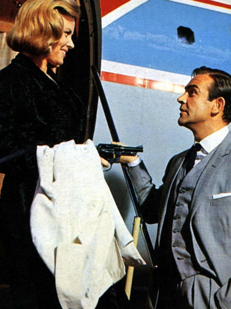 Honor Blackman and Sean Connery in Goldfinger.