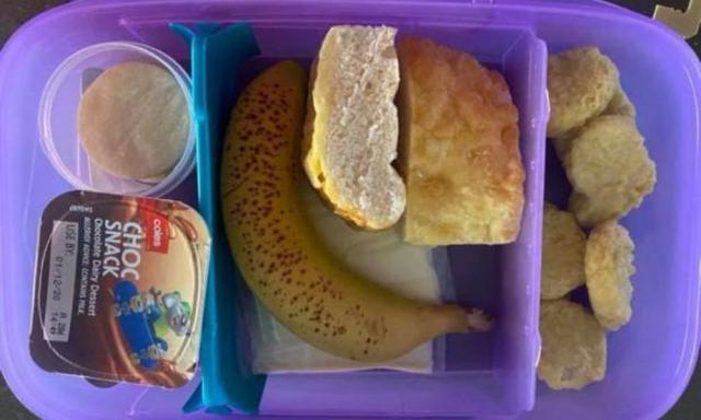 Mum with migraine hangover shares realistic lunchbox