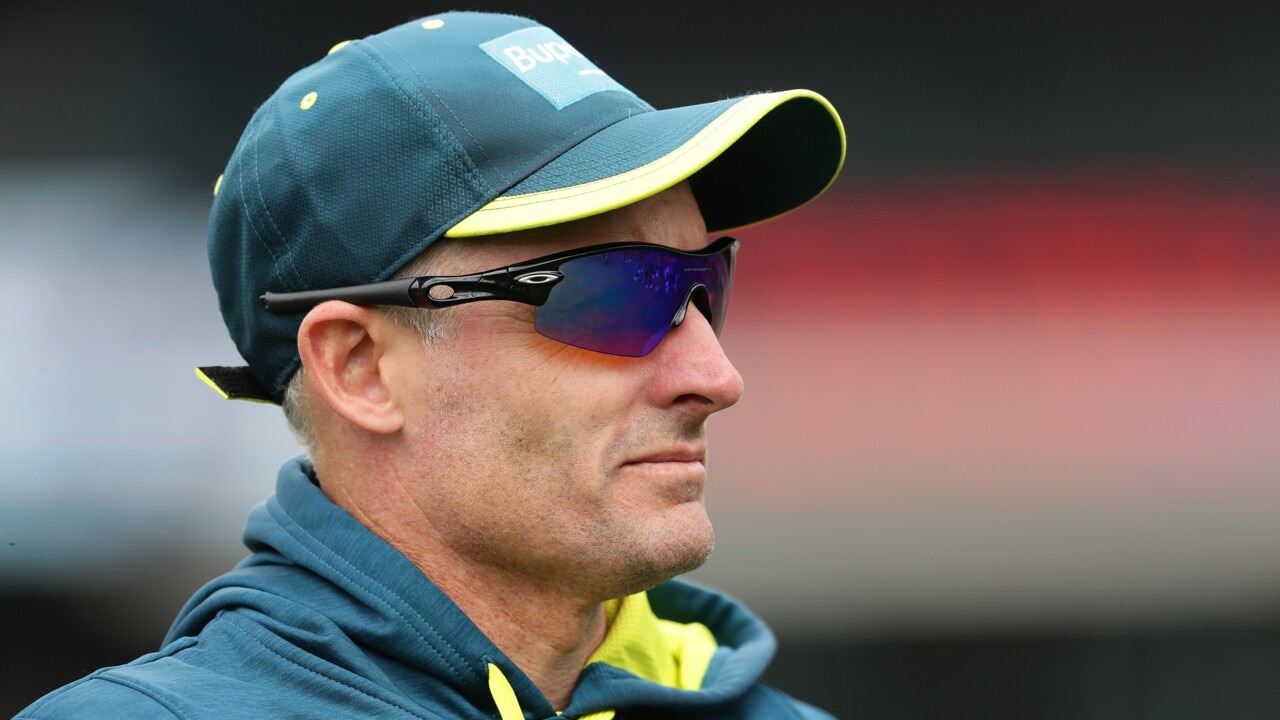 Mike Hussey reportedly tests positive to COVID-19