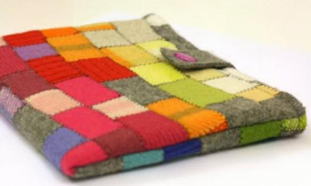Make a felt iPad cover