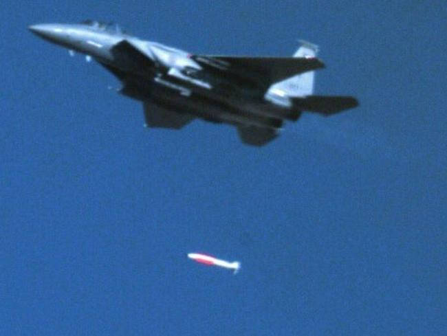 The US is testing a new nuclear weapon in prearranged tests in Nevada.