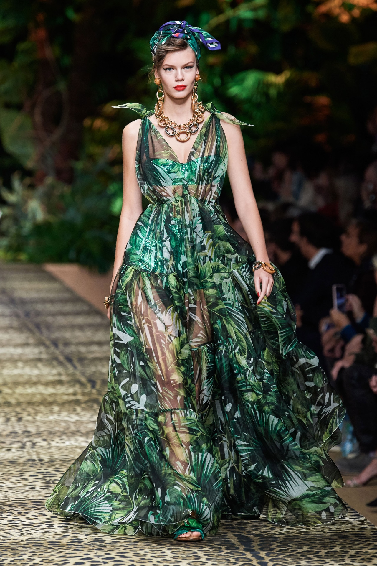 Dolce and Gabbana ready-to-wear spring/summer 2020. Image credit: Go.Runway.com