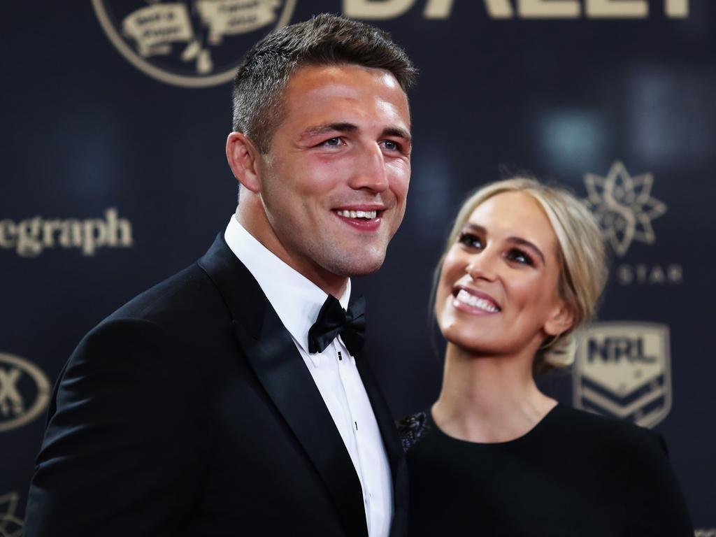 Sam Burgess and ex-wife Phoebe Burgess arrive at the 2016 Dally M Awards.
