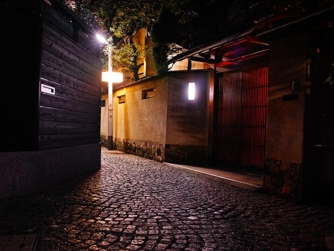 KAGURAZAKA Also referred to as Tokyo's French Quarter you're more likely to hear the piped strains of Edith Piaf than the sweet geisha melodies that long ago floated along the steep slopes into the Samurai dwellings below.