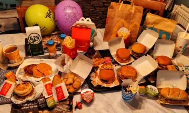 Dad recreates McDonald's menu
