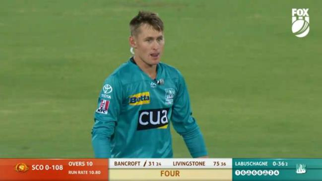 Marnus gets taken to the cleaners by Scorchers!