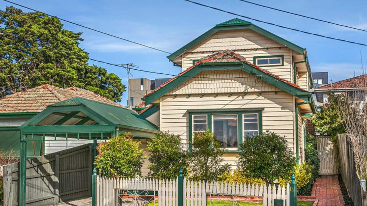 1A Kerferd St is one of few house up for grabs in Essendon North.