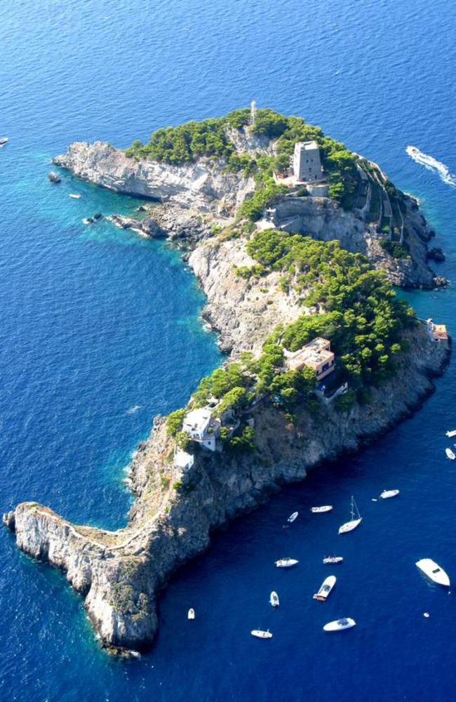 It's easy to see the resemblance. Picture: LuxuryItalianIsland.com