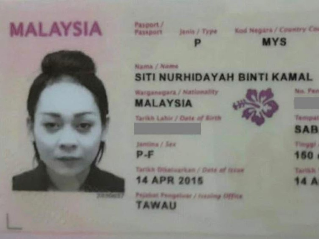 Siti Kamal allegedly posed as an AirAsia ticket seller.