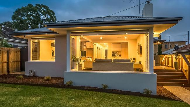 15a Maurice St, Herne Hill has been completely renovated.