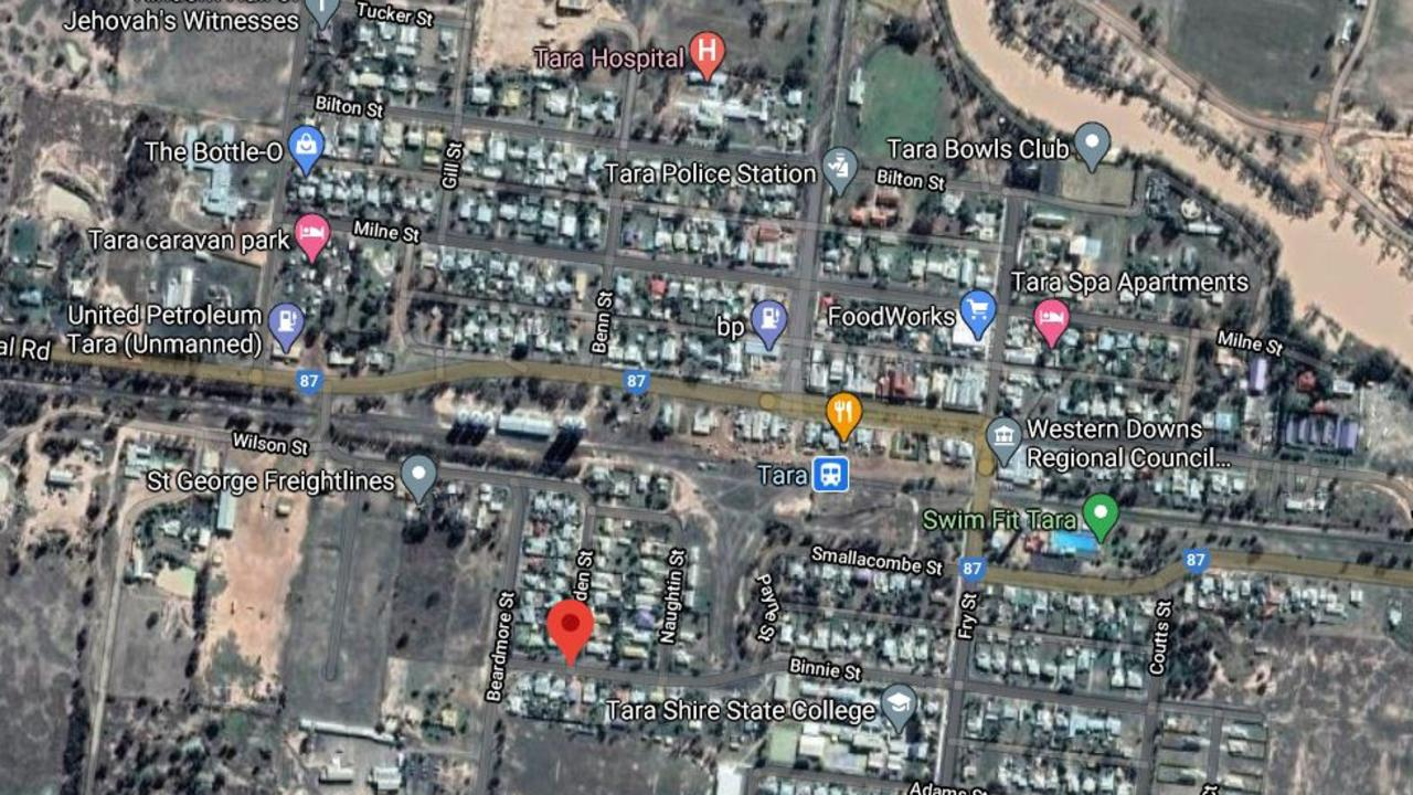 STREET BRAWL: A massive street brawl broke out on Barden Street in Tara on Tuesday afternoon, April 13. Pic: Google Maps