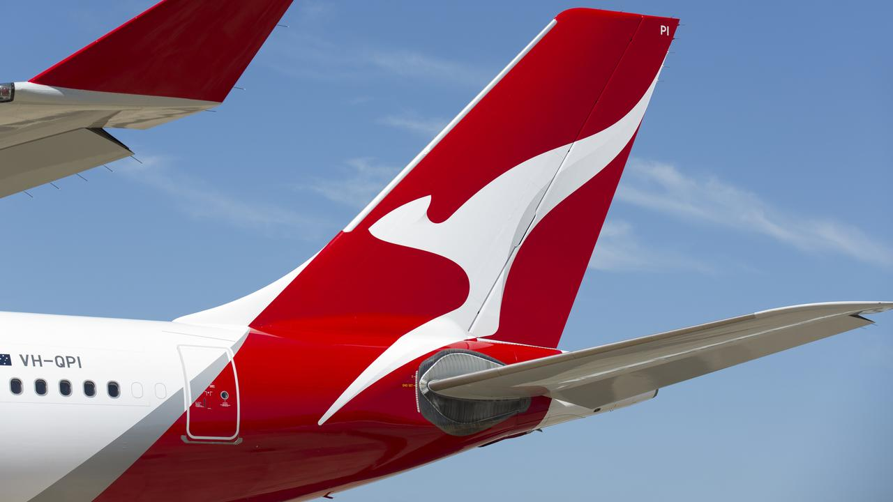 How to get Qantas frequent flyer points without flying | escape
