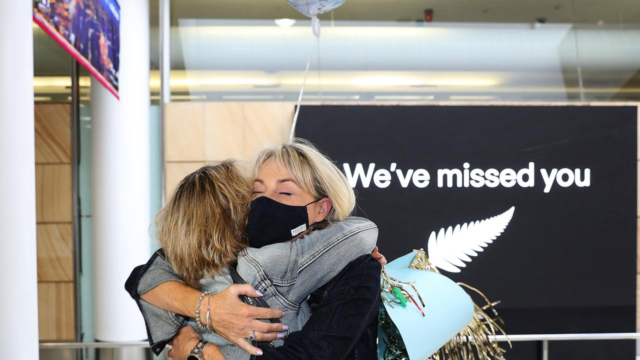 New Zealanders are able to travel into Sydney without undergoing quarantine, leaving health authorities scrambling to contact everyone after a positive local case was recorded in Auckland. Picture: Brett Costello