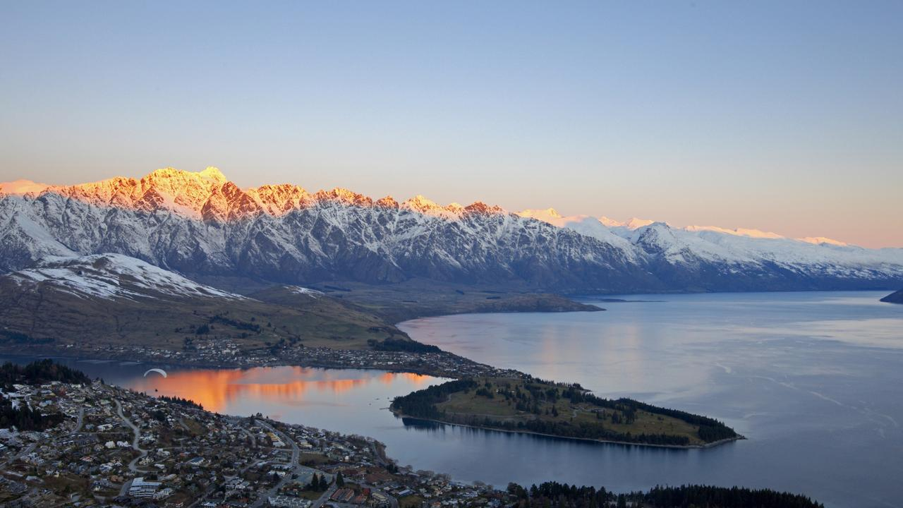 People in South Australia, the ACT, Tasmania and Victoria will be able to fly to New Zealand.