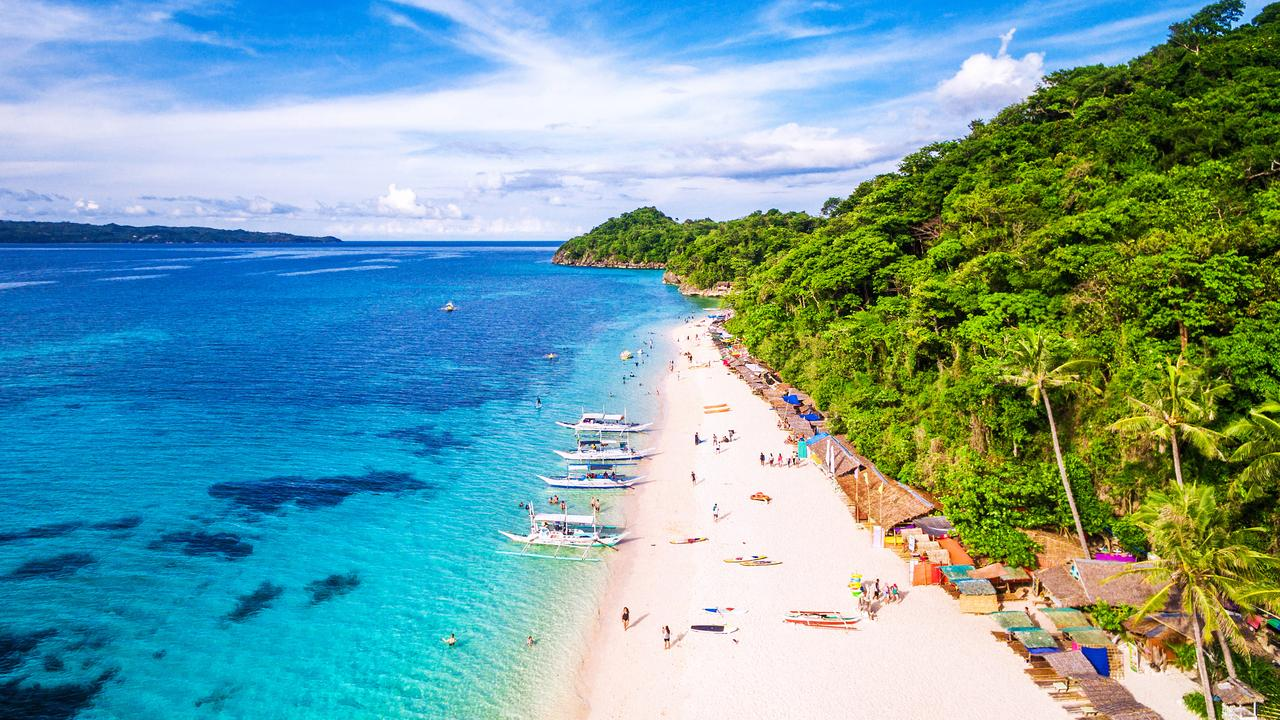 Ditch Christmas at home – head to blissful Boracay instead.