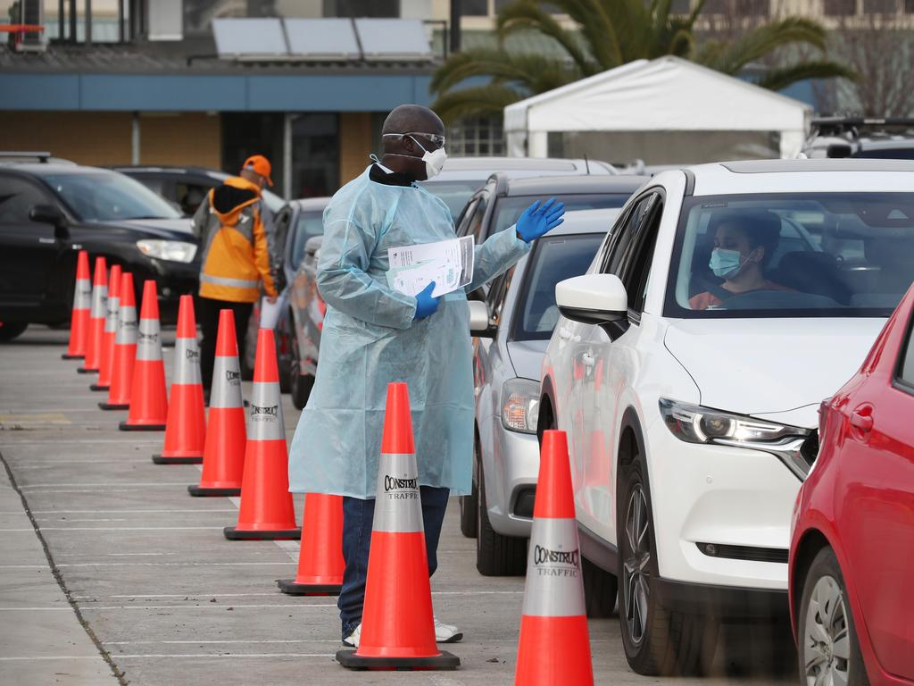 A $450 testing payment is available to those who cannot access sick leave. Picture: NCA NewsWire / David Crosling
