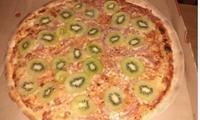 Kiwi on pizza is now a thing and the internet can't deal