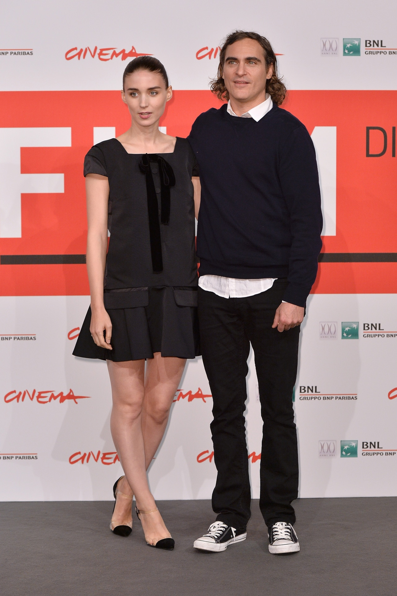 Rooney Mara and Joaquin Phoenix are engaged!