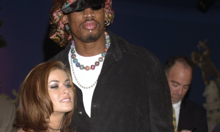 "<b> Carmen Electra and Dennis Rodman </b> Marriage length: 9 Days <p> The basket player and the baywatch star were married in Las Vegas in a surprise 7am ceremony and split 9 days later. Rodman's publicist suggested at the time he was ""deeply intoxicated."""