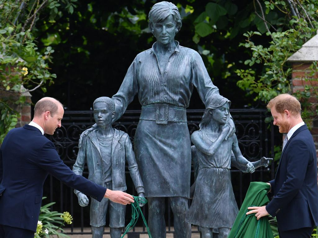 Prince William, Duke of Cambridge and Prince Harry, Duke of Sussex unveil a statue they commissioned of their mother Diana, Princess of Wales. Picture: Dominic Lipinski – WPA Pool/Getty Images.