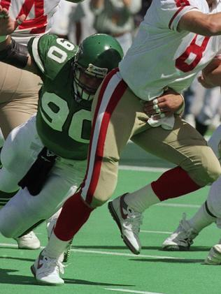 New York Jets defensive end Dennis Byrd during a game against San Francisco 49ers in 1992. Picture: AP Photo/Bob Strong