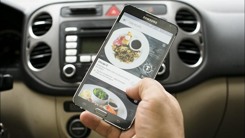 Uber Dishes Up Meal Deliveries in 10 Cities