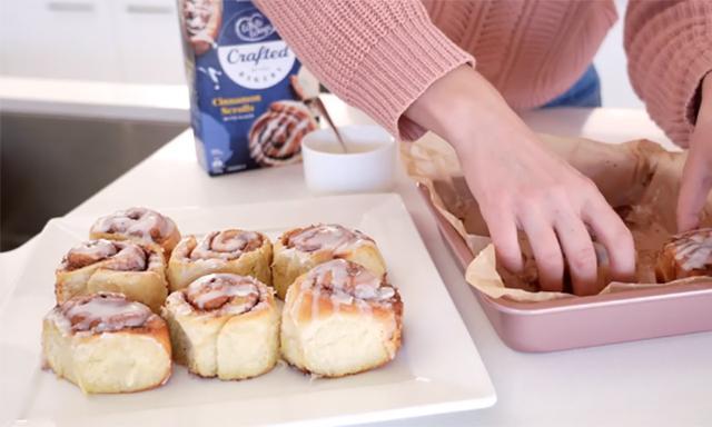 the simple housewife cinnamon scrolls