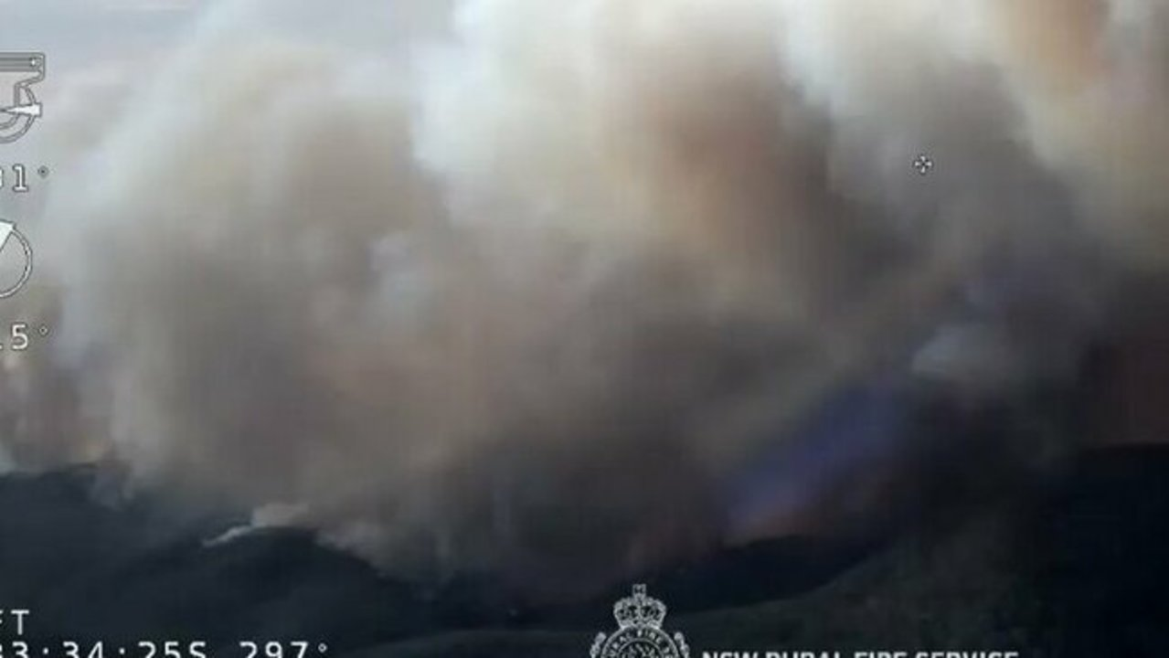 Structures Burn as Gospers Mountain Fire Flares in New South Wales