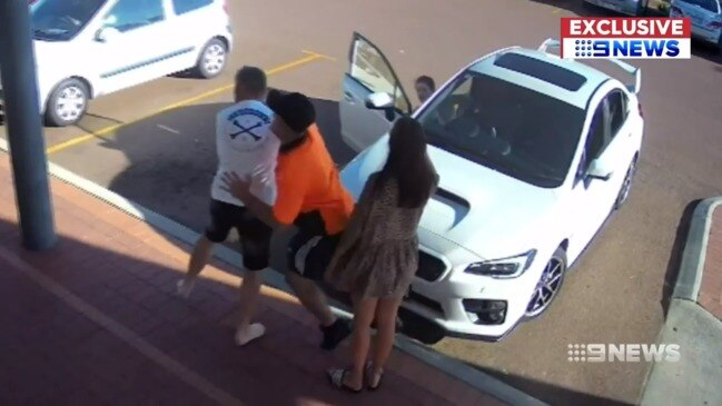 Man allegedly viciously bashed by strangers in disabled parking row (9 News)