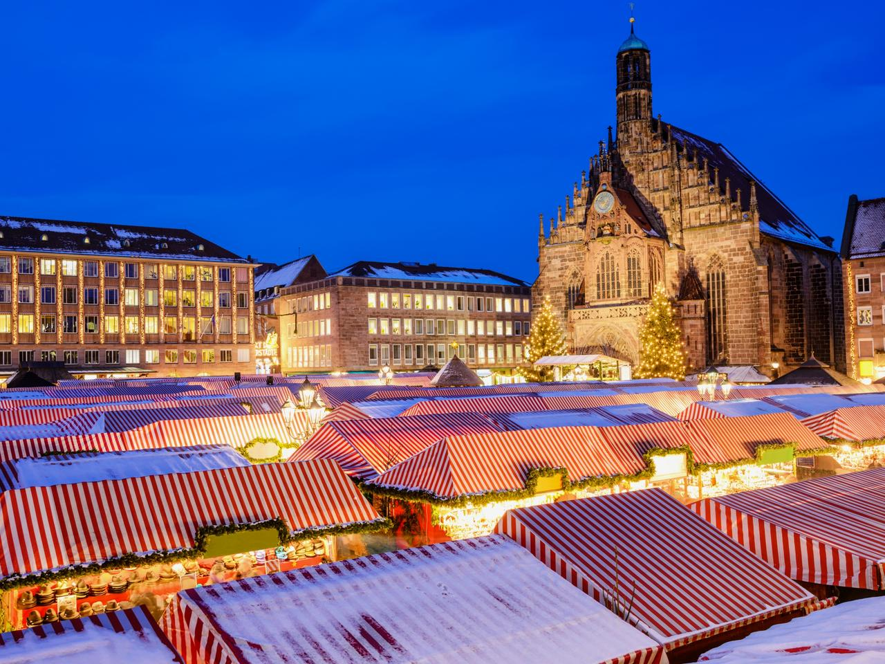 View over the Nürnberger Christmas Market
