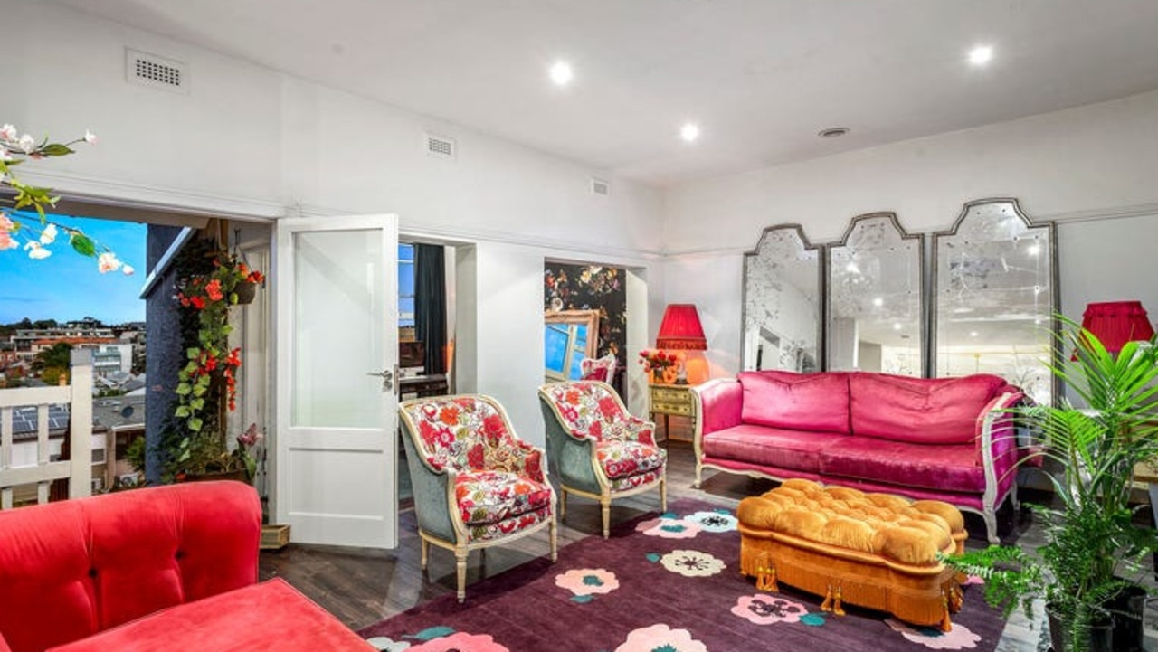 The apartment is listed with a $1.45m-$1.595m price guide.