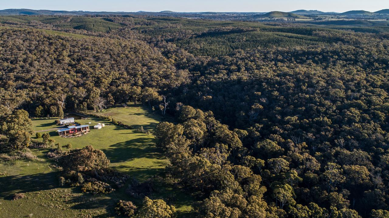 An architecturally eco-friendly designed home nestled down an unsealed dirt track in the Hepburn Regional Park set among a private landscape. Guests have exclusive access to the retreat.